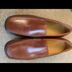 NWOT Men's 11.5 Cole Haan by Nike Air loafers.